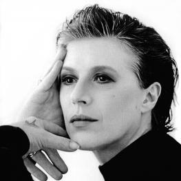 Marianne Faithfull by Annie Leibovitz 1990