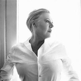 Marianne Faithfull by Bryan Adams 2005