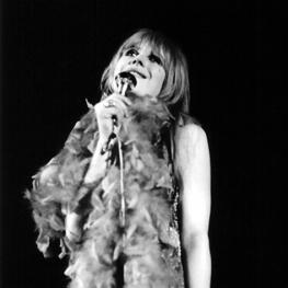Marianne Faithfull by Peter Seeger 1967