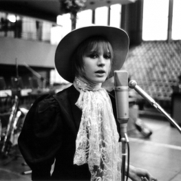 Marianne Faithfull by Peter Seeger 1967