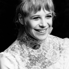 Marianne Faithfull in the Royal Court production of Three Sisters web