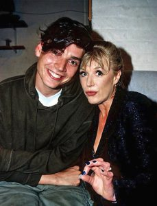 Marianne Faithfull with Alex James of Blur in 1996
